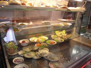 Nourriture fraîche vendue au comptoir